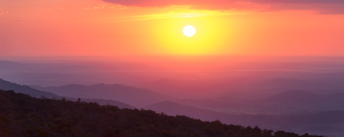 Sunrise from Little Devil's Stair overlook. Shenandoah National Park Sunrise.